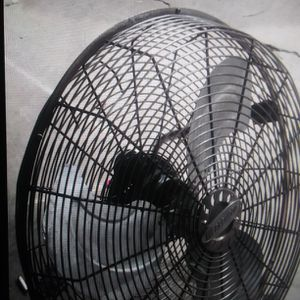 Old Shop Fan (All Metal ) for Sale in Gladewater, TX