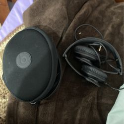 Beats By Dre Solo Hd for Sale in Cleveland,  OH