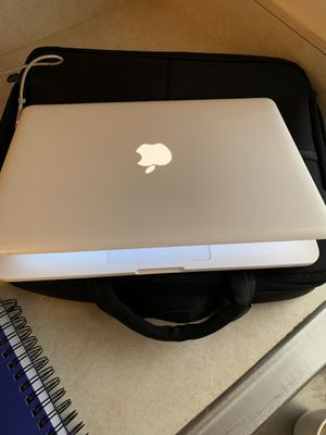 """MacBook 13"""" (late 09) for Sale in Lancaster, PA"""