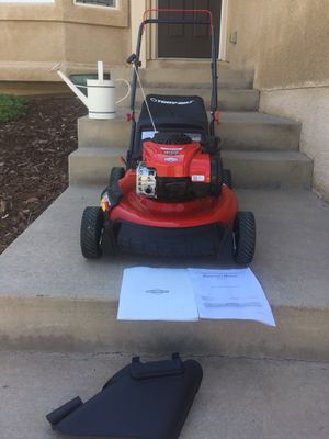 Troy Bill powered by Briggs Stratton high performance start right up 5.0 horse power 140cc 3 in 1 combo mulch bag and side discharge for Sale in Colorado Springs, CO