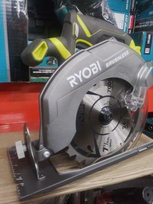 RYOBI 18V CORDLESS BRUSHLESS. RIGHT HANDLE. CIRCULAR SAW 7 1/4 IN for Sale in San Bernardino, CA