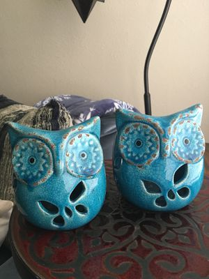 Owl shaped solar powered light/candle holder for Sale in Willoughby, OH