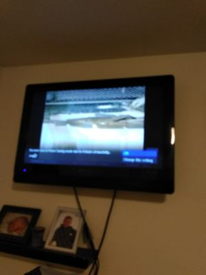 "40"" falt screen TV for Sale in Holts Summit, MO"