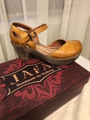 Jafa shoes for Sale in Powell Butte, OR