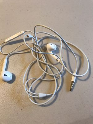 Apple Earbuds for Sale in Cooper City, FL