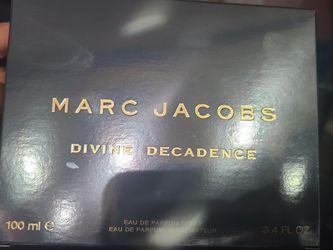 Marc Jacobs Divine Decadence 3.4 Fl.oz for Sale in Riverside,  CA