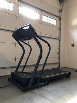 NordicTrack C1900 Treadmill for Sale in Duvall,  WA