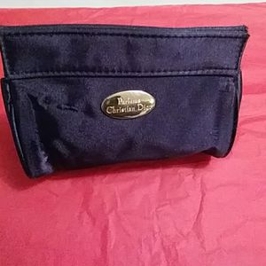 Dior cosmectic bag for Sale in Snellville, GA
