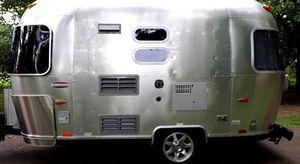 Vehicle.Sale Airstream Ocean 2008 Great.Shapee 4WDWheelssriyd for Sale in Garden Grove, CA