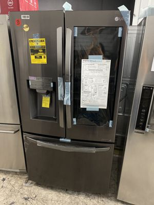 SHOW CASE LG FRIDGE for Sale in Signal Hill, CA