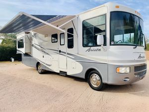 2009 Holiday Rambler Arista Class A 34Ft W/2 Slides 35K Miles Like New for Sale in Phoenix, AZ