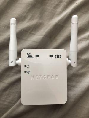 Netgear Universal Wifi Range Extender for Sale in Columbus, OH