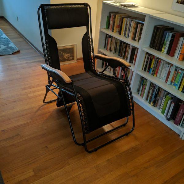 Zero Gravity Chair - Indoor Outdoor Lounge Recline