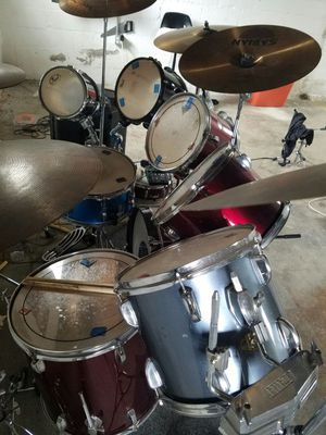 complete drum set for Sale in Grove City, OH