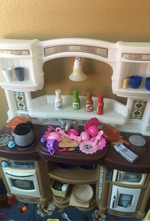 Kids kitchen play set for Sale in Norco, CA