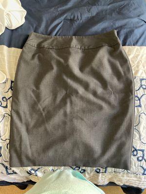 Worthington Grey Pencil Skirt. Size 8P for Sale in Orange, CA