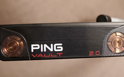 "Ping Vault 2.0 Dale Anser Putter Stealth Black DOt 35"" + Head Cover (NEVER USED) for Sale in Irvine,  CA"