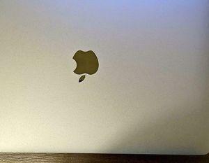 """Apple MacBook Pro 13.3"""" (512GB SSD) $611 for Sale in Phoenix, AZ"""