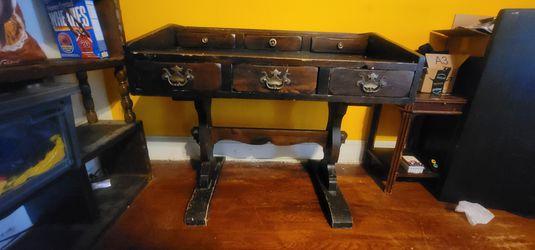 Antique Desk for Sale in Washington,  DC