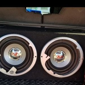 Rockford subwoofer 10 suena perfectamente bien for Sale in Lakewood Township, NJ