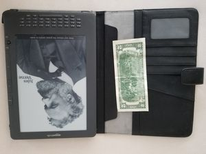 Kindle extra large d00801 for Sale in Sammamish, WA