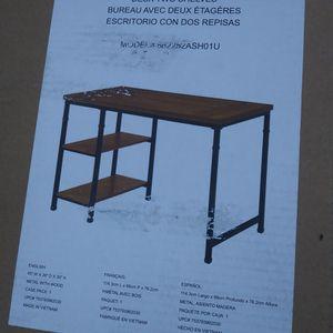 New Beautiful Desk.soo Cute..firm..check My Profile More Stuff for Sale in Modesto, CA