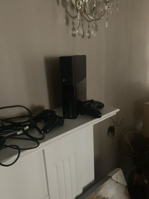 Xbox 360 or ps3 for Sale in Detroit, MI