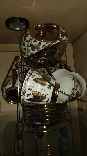 China Tea Set w Gold Trim for Sale in Jacksonville, FL