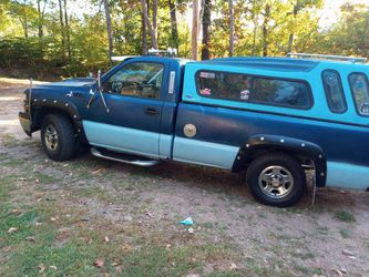 2001 chevy silverado four wheel drive has high milage but has never failed me570 -665-2213 ask for Butch$4000 firm for Sale in Tunkhannock,  PA