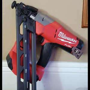 Brand new never used Milwaukee M18 FUEL 18-Volt Lithium-Ion Brushless Cordless 15-Gauge Angled Finish Nailer (Tool Only) $$ 210 firm for Sale in Bakersfield, CA