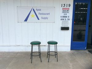 #3409 Set of 2 Bar Stools w/Padded Seats GREAT SHAPE for Sale in Alvin, TX