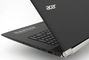 Acer V17 Nitro Black Edition for Sale in Seattle, WA