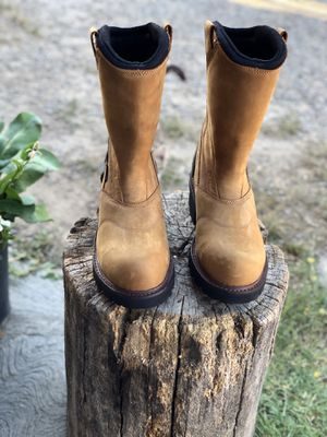 Ariat Waterproof Composite Toe Boots Size 9 D for Sale in Fresno, CA