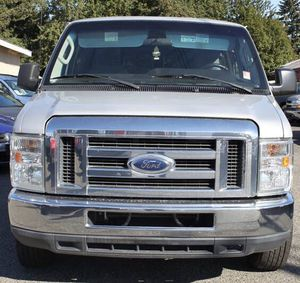 2012 Ford E-Series Wagon E-350 SD XLT for Sale in Seattle, WA