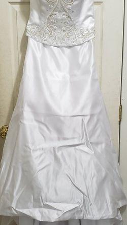 Wedding Dress, Size 14 for Sale in Poulsbo,  WA