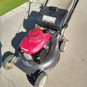"Honda HRR216 (21"") ( commercial competitive ) (fully maintenance) ( Self propelled ) lawn mower ( ready to mow ) for Sale in Anaheim, CA"