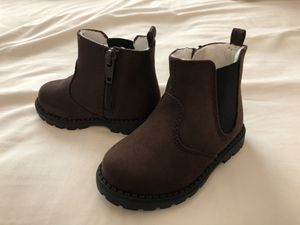 Brand new toddler girls boots from H&M size 4-5 lightly lined dark brown baby for Sale in Milpitas, CA