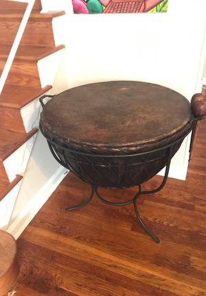 African Kettle drum with metal stand for Sale in UNIVERSITY PA, MD