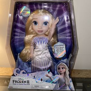 "Disney Frozen 2 Magic In Motion Queen Elsa Feature Doll sings ""Show Yourself"" from Frozen 2 for Sale in Pico Rivera, CA"