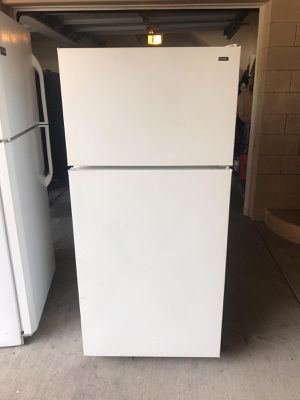 $199 GE white 14 cubic fridge include delivery in the San Fernando Valley a warranty and installation for Sale in Los Angeles, CA