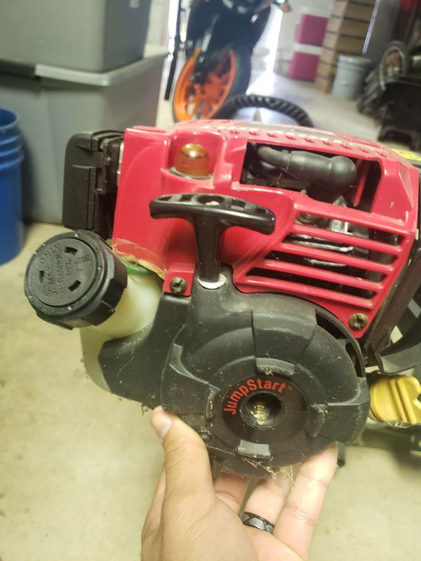Troy build weed eater with 3 string head