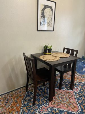 Dinning table and chairs for Sale in South Pasadena, CA