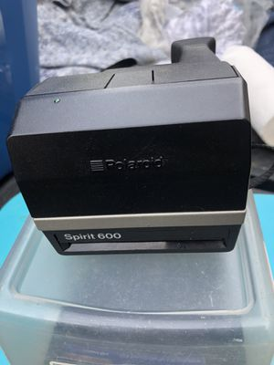 Polaroid One Step Spirit 600 Flash Camera with Polaroid 600 Instant Film Pack for Sale in Glenshaw, PA