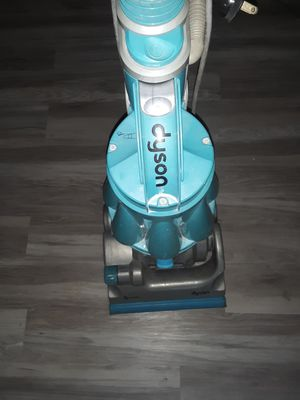 Dyson DC 07 vaccum cleaner for Sale in Four Oaks, NC