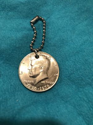 Bicentennial 1776-1976 Kennedy Half Dollar pendant for Sale in Pittsburgh, PA