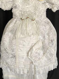 Baptism Dress / Ropon, Ropa, Vestido de Bautizo for Sale in Orlando,  FL