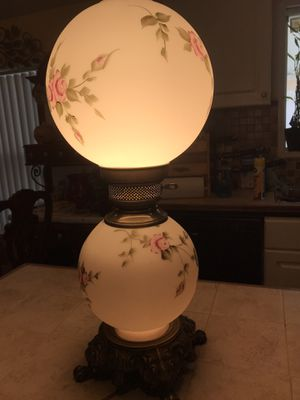 Antique 1950 table lamp for Sale in Palmdale, CA