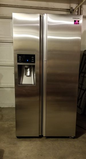 Samsung stainless steel refrigerator for Sale in Tracy, CA