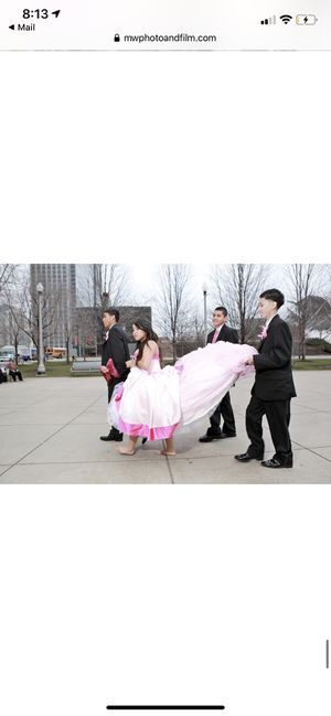 Quinceanera dress for Sale in Chicago, IL