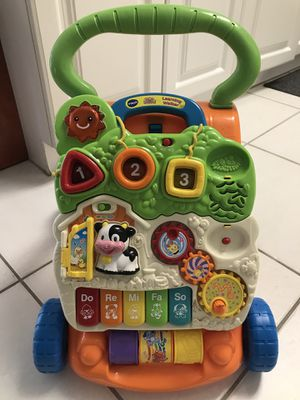 Vtech Sit to Stand Learning Walker Baby/Toddler toy. for Sale in Lake Worth, FL